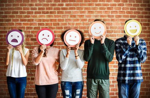 Interpretar as emoções dos outros, uma questão de confiança