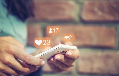As redes sociais são uma bolha de manipulação ideológica?