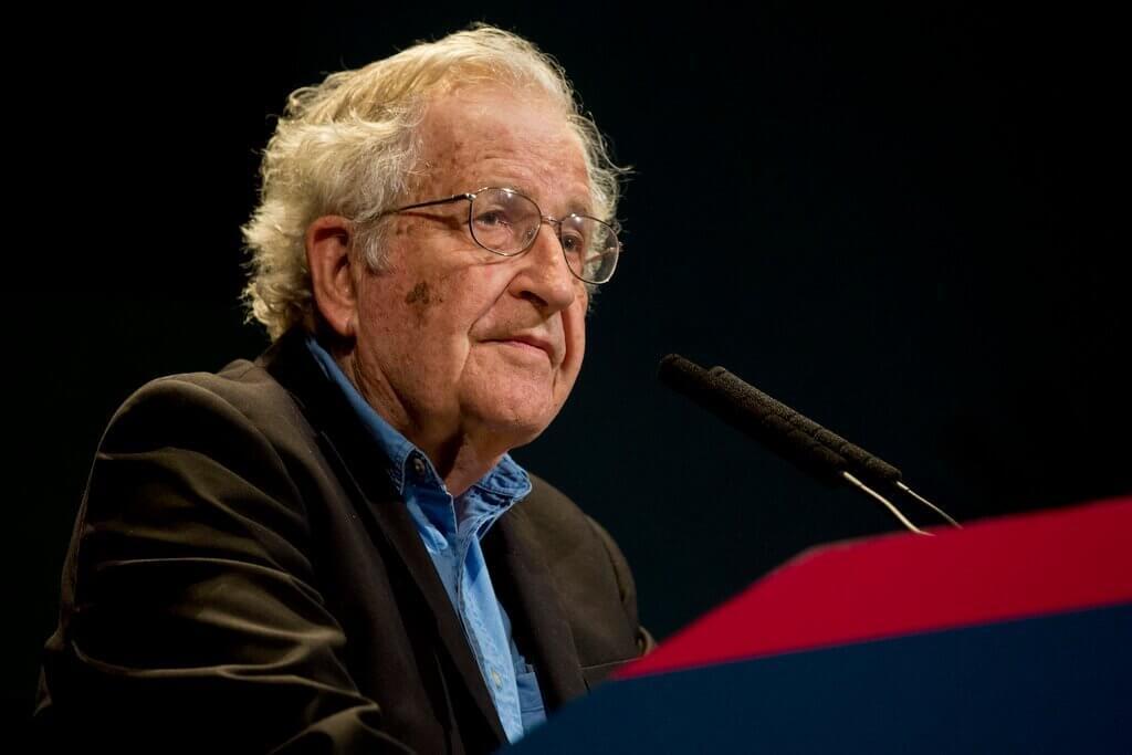 Noam Chomsky em conferência