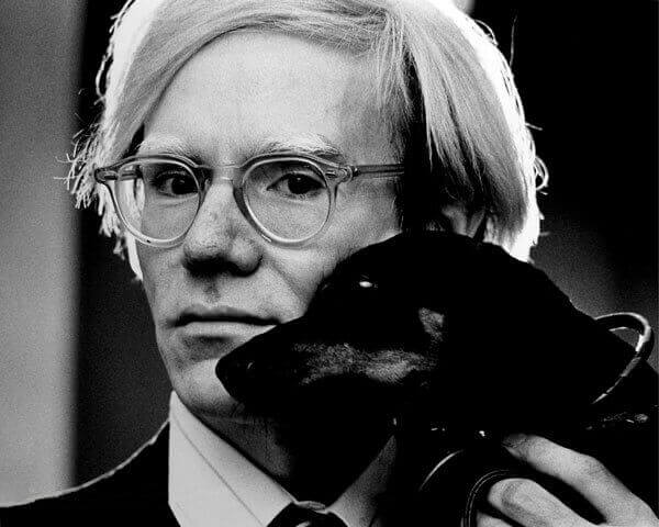 Andy Warhol e suas cápsulas do tempo