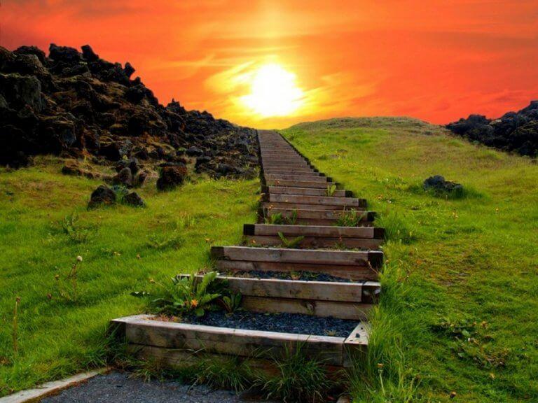 Escada rumo ao pôr do sol