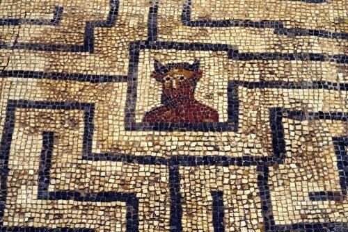 O labirinto do Minotauro construído por Dédalo