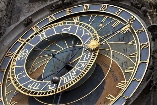 Relógio da cidade antiga de Praga