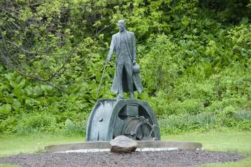 Estátua de Nikola Tesla