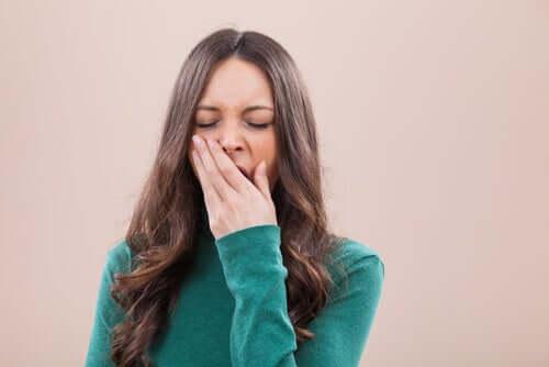 Você sabia que bocejar resfria o cérebro?