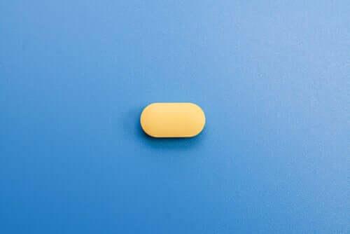 Comprimido de agomelatina