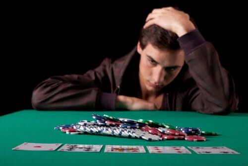 As distorções cognitivas do jogador patológico