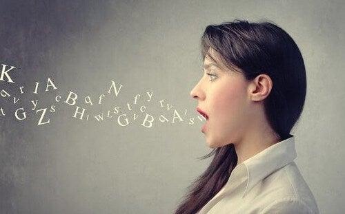 A síndrome do sotaque estrangeiro: sintomas, causas e tratamento