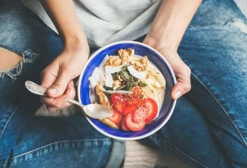 Alimentação consciente: melhore a sua relação com a comida