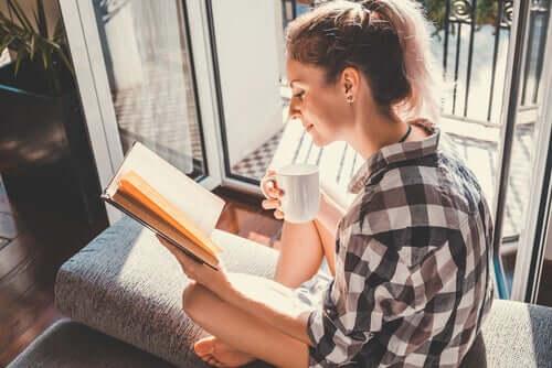 Ler é uma forma de aumentar a inteligência emocional