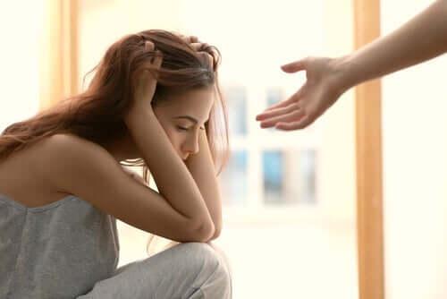 Oferecer ajuda a quem está sofrendo
