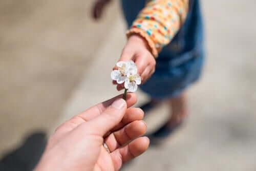 Como ensinar a gratidão às crianças