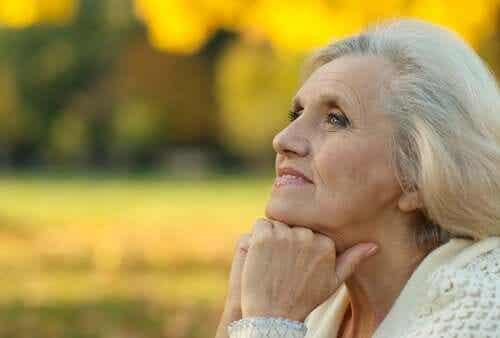 Os sentimentos de desespero diminuem com a idade
