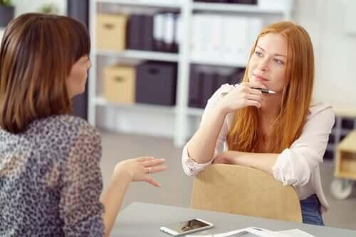 Como a linguagem não verbal pode atrapalhar a nossa comunicação?