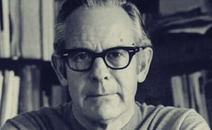 Biografia de Rollo May: o pai da psicologia existencial