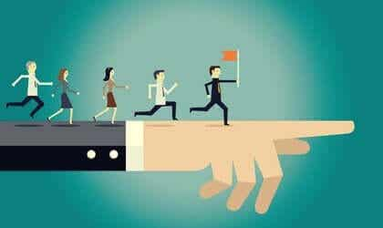 A liderança autocrática tem vantagens?