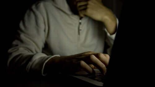 Vício em pornografia: os escravos do pornô
