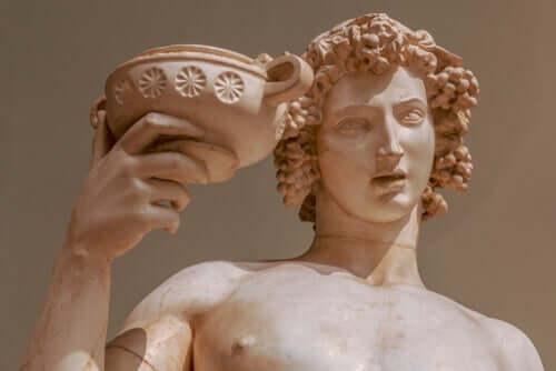 O mito de Dionísio, o deus alegre e fatal