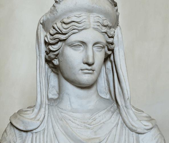 Estátua da deusa Deméter
