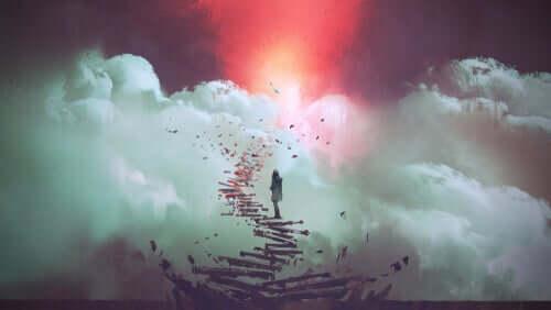 Mulher subindo escadas se desfazendo