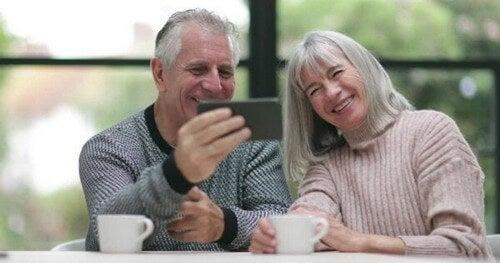 Chamada de vídeo com os avós