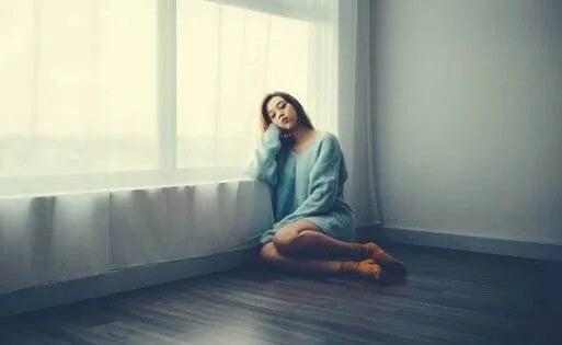 Medo, tristeza e frustração, as emoções mais comuns durante o confinamento