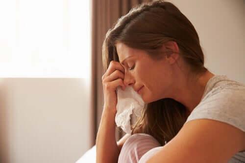 Sobrecarga emocional durante a pandemia: sintomas e enfrentamento
