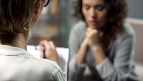 Por que há mais mulheres psicólogas do que homens?