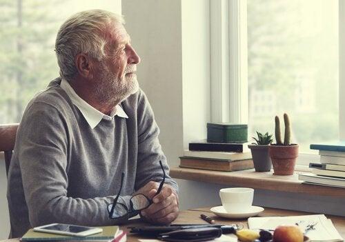 Como ajudar psicologicamente os idosos?