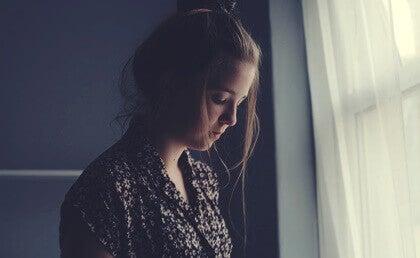 Jovem triste