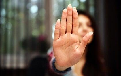Respeitar os limites pessoais: por que alguns são incapazes de fazer isso?