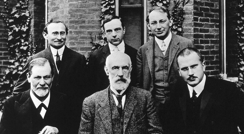 Como começou a controvérsia entre Freud e Jung?