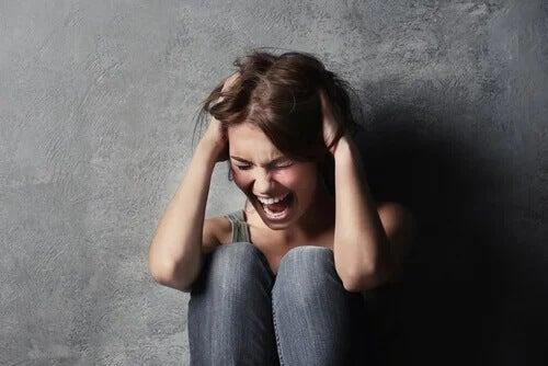 O ataque de histeria: show ou grito de ajuda?