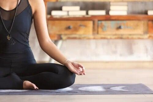 3 exercícios para meditar em casa