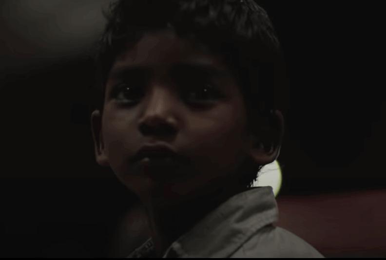 Saroo quando era criança
