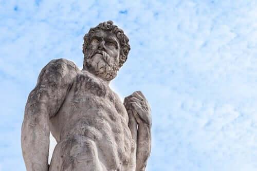 Hércules, filho de Zeus (deus casado com Hera)