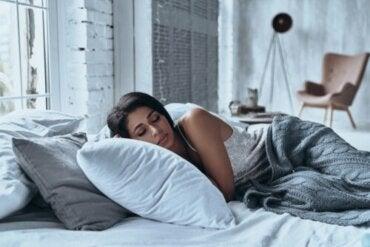 O quarto ideal para dormir: como organizar o ambiente para favorecer o sono?