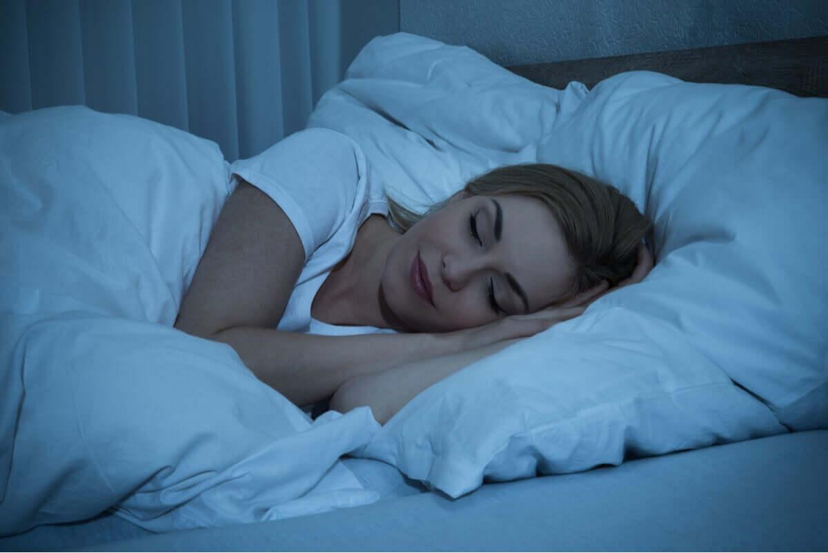 Ciclos do sono: entenda o seu cérebro para dormir melhor