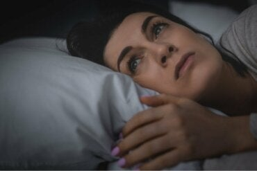 Dormir mal causa uma forte sensação de solidão