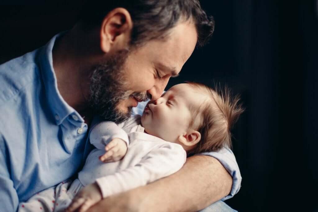 Ser pai provoca uma mudança hormonal