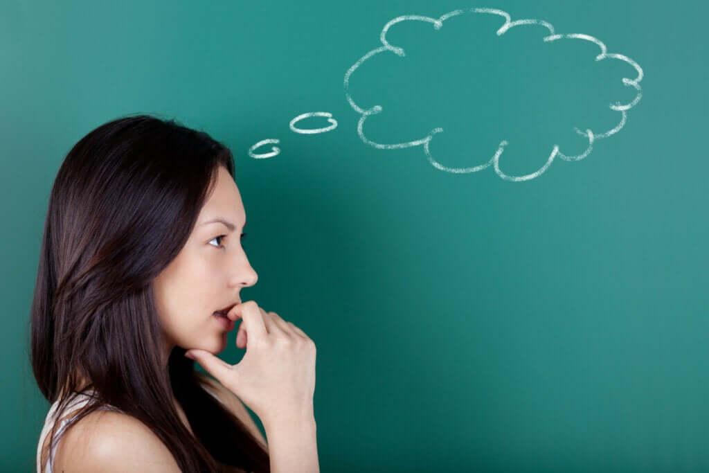 O que é o pensamento simbólico?