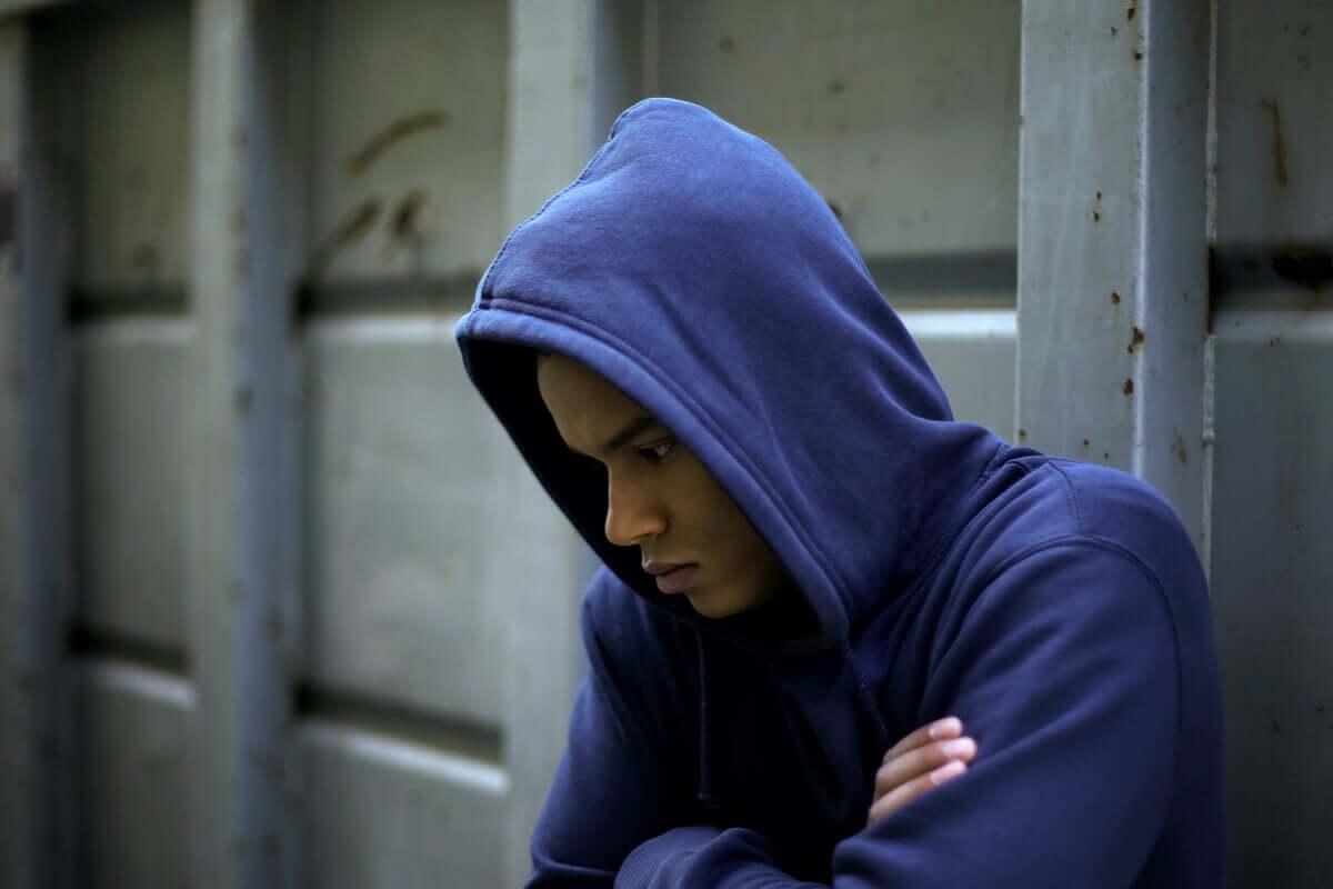 Anomia e frustração