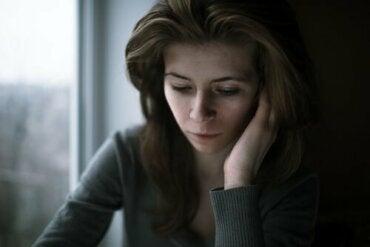Querofobia, o medo irracional de ser feliz