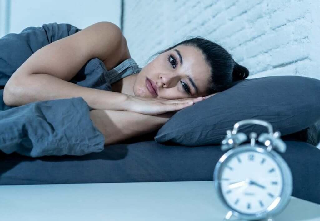 Efeitos do sono interrompido: mais perigoso do que dormir pouco