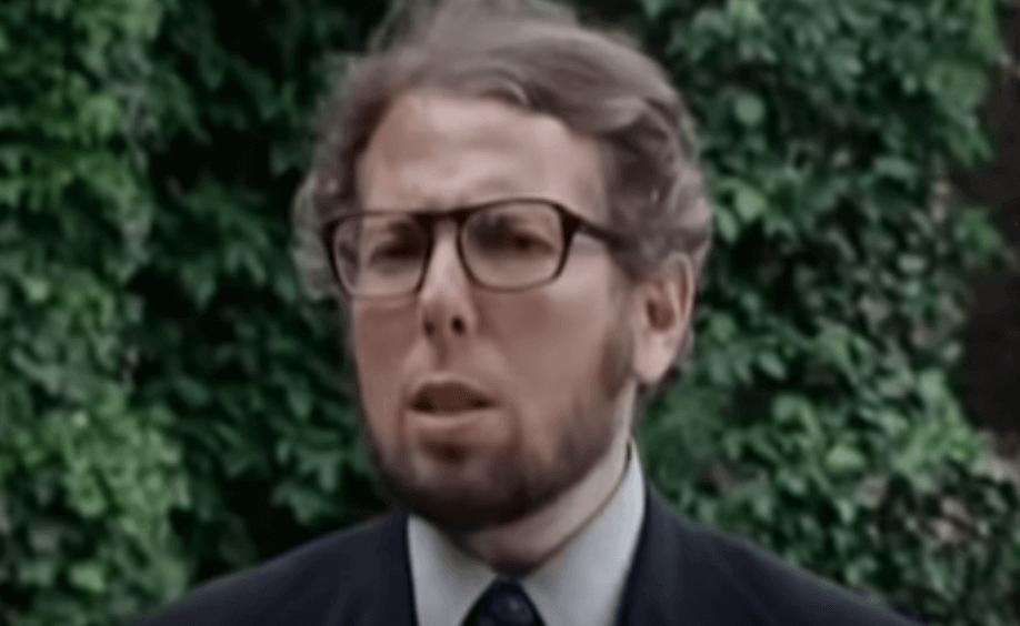 Biografia de Stanley Milgram e o seu experimento sobre a obediência e a autoridade