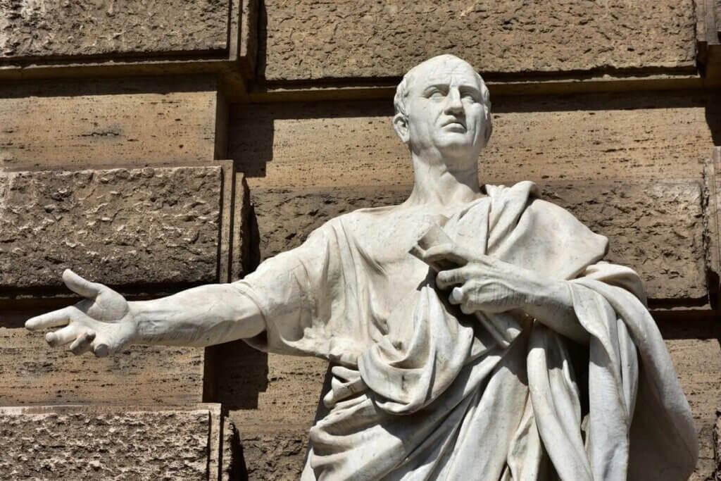 Estátua de Cícero