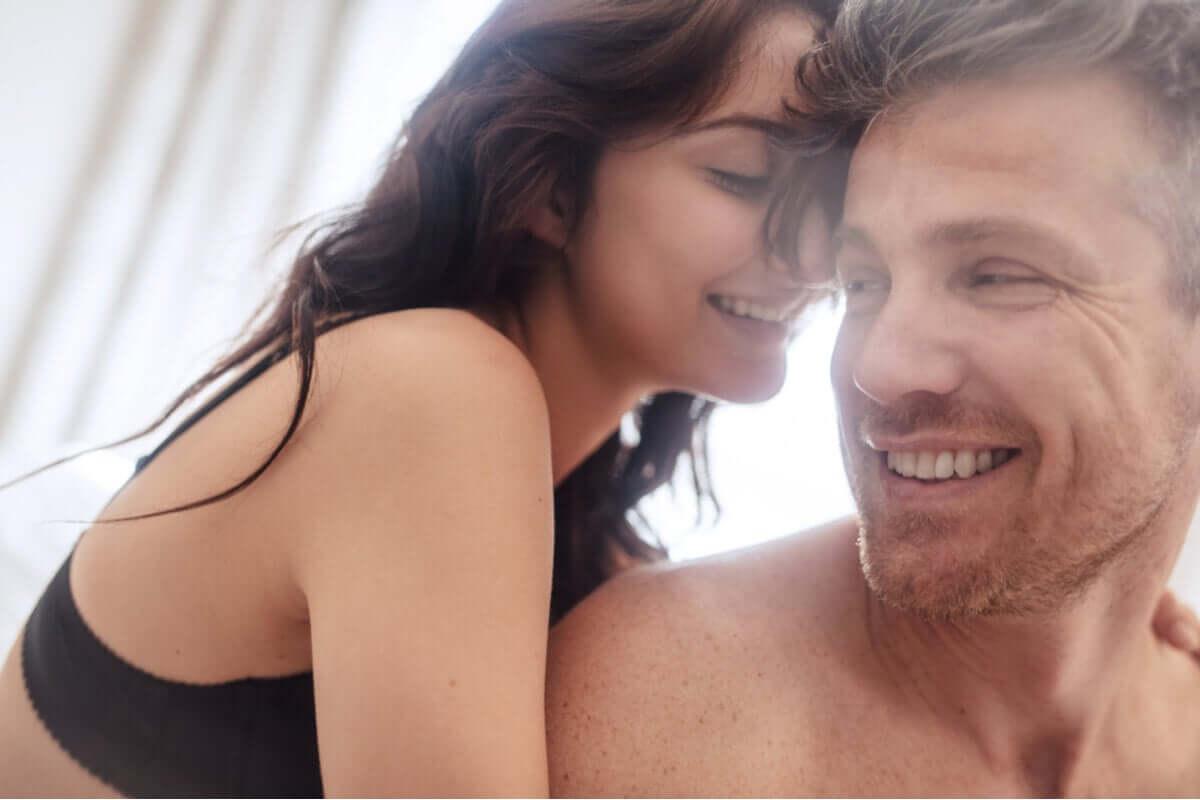 Mulher e homem na intimidade