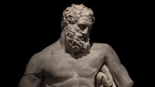 Estátua de Hércules