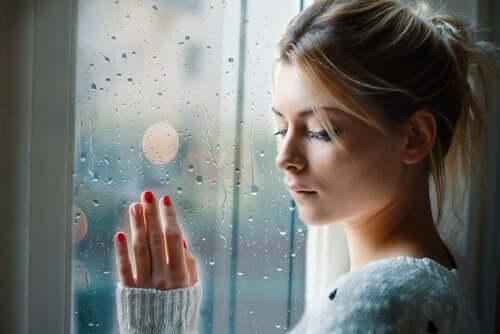 É amor ou uma muleta emocional?