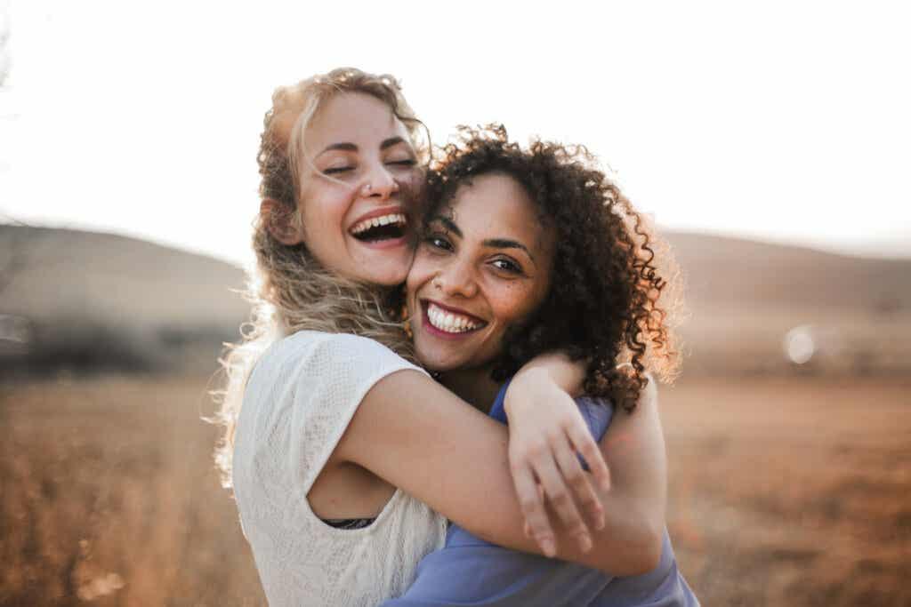 Frases para amigas que descrevem esse vínculo maravilhoso
